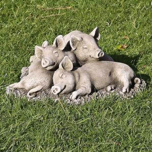 stoneware garden pigs