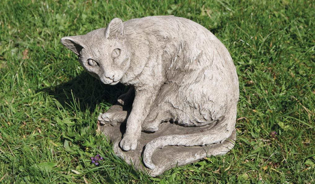 handcast stoneware cat